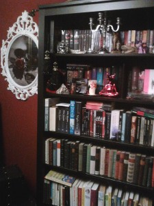 TV-Series like TRUE BLOOD enter the cultural canon - and our bookshelves.